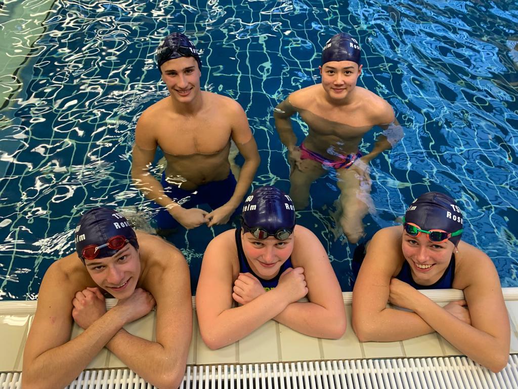 Rosenheimer Schwimm-Mannschaften erfolgreich bei Staffelwettbewerb